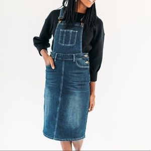 Jean Overall Dress😍
